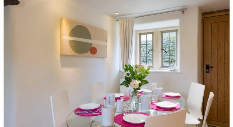 Culls Cottage double aspect dining room
