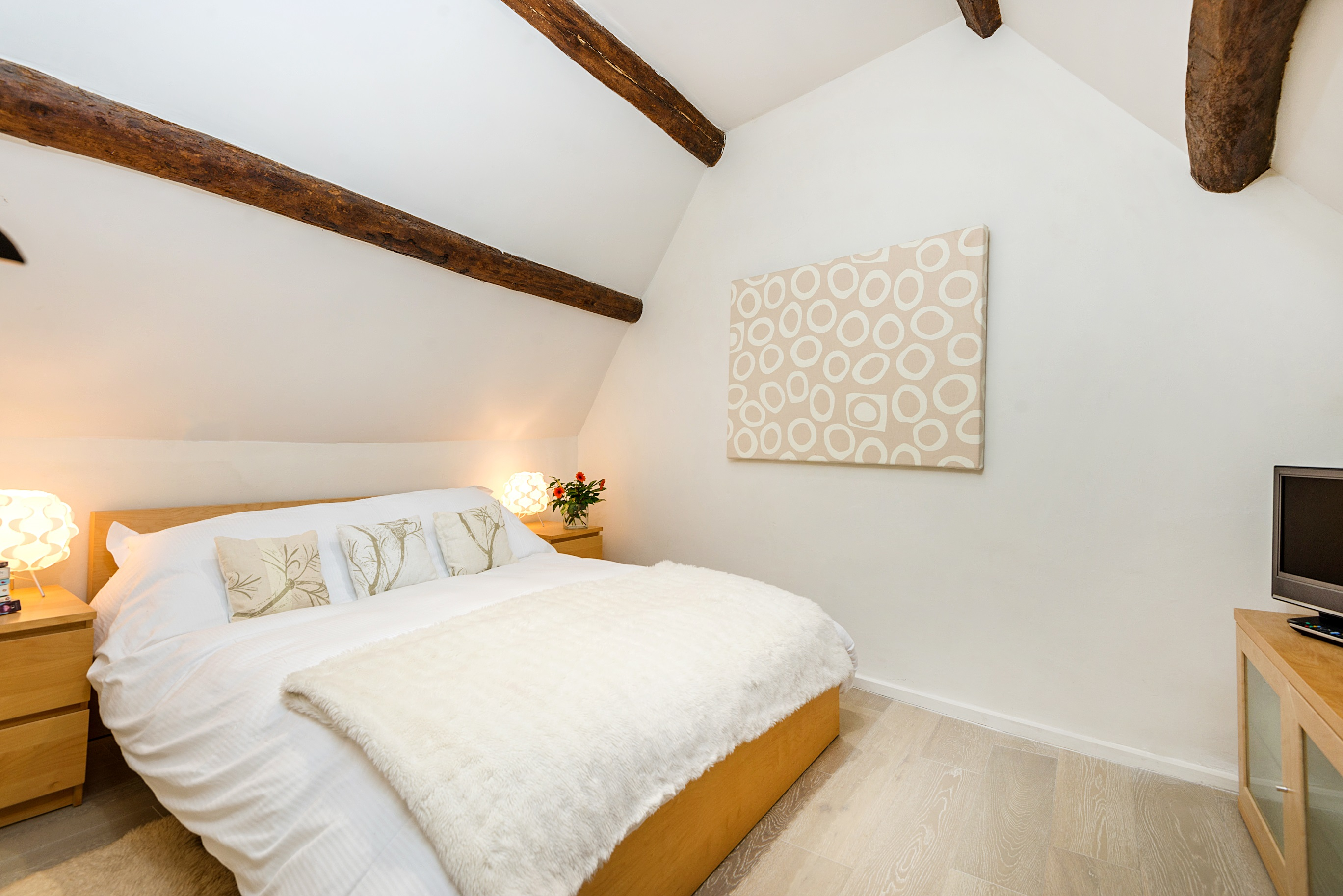 Culls Cottage double bedroom upstairs